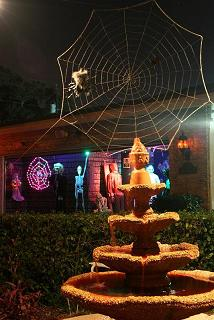 "A giant web and the ""Fountain of Blood"""