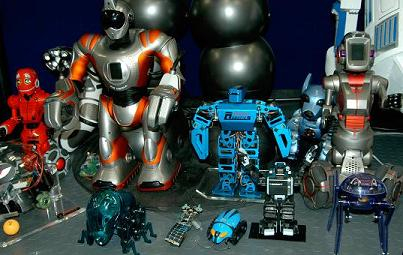 Here is our Hydrazoid posing with some of our other robots.